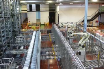 全球案例-法国迪奥香水科纳普穿梭机器人解决方案