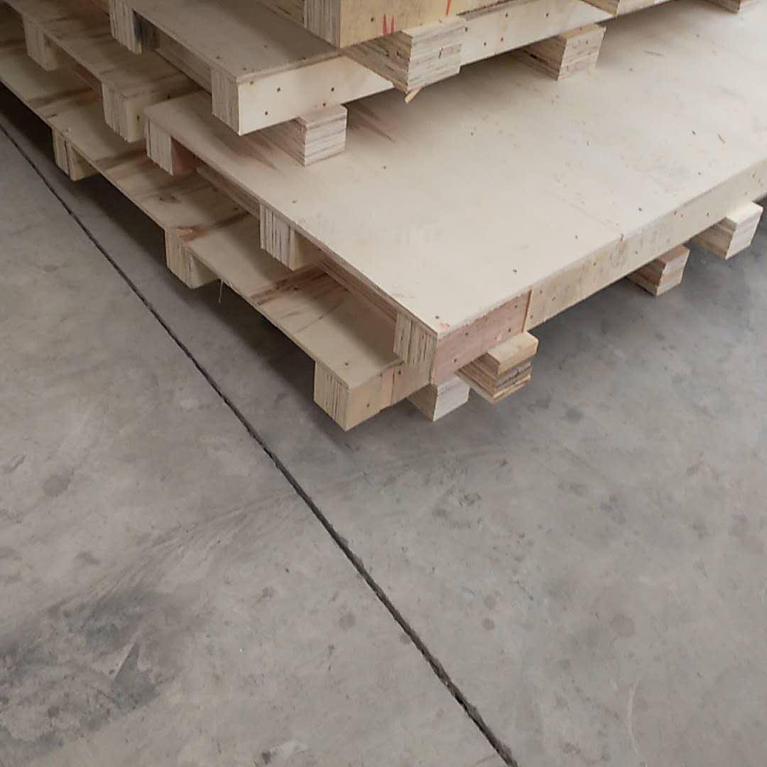 无锡厂家定制木箱   万博体育官网登录网页版真空木包装箱  封闭式木箱